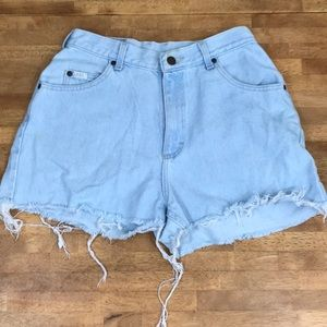 Vintage 90s High waisted mom lee jean shorts